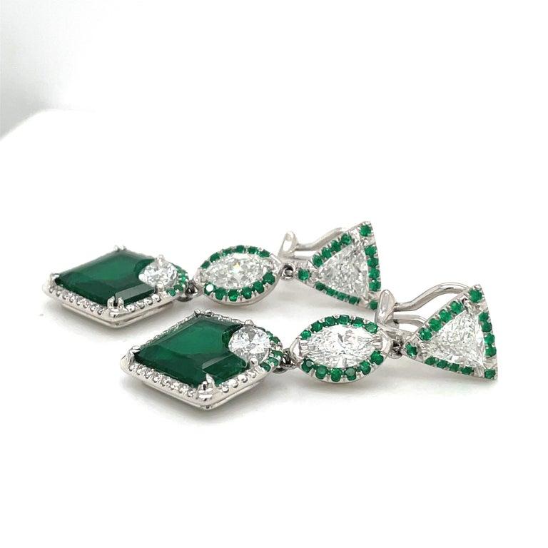 Art Deco Plat/18kt Gold, 6.74ct. Gem Quality, Heart Emerald & 11.31ct. Diamond Earrings For Sale