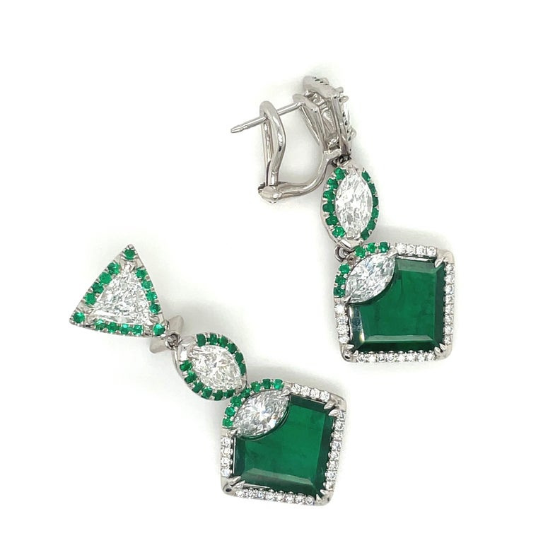 Plat/18kt Gold, 6.74ct. Gem Quality, Heart Emerald & 11.31ct. Diamond Earrings In New Condition For Sale In New York, NY
