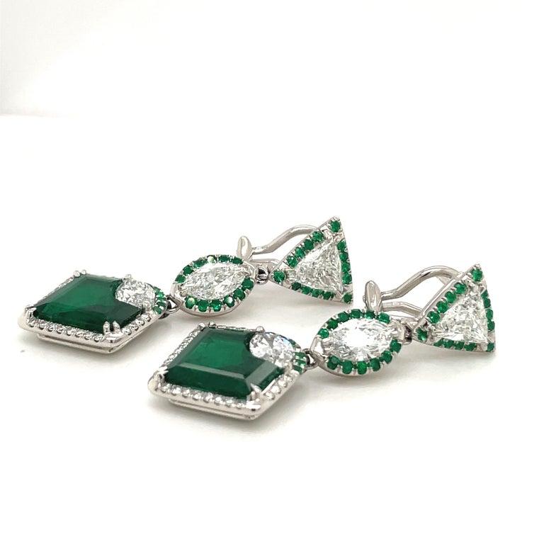 Women's or Men's Plat/18kt Gold, 6.74ct. Gem Quality, Heart Emerald & 11.31ct. Diamond Earrings For Sale