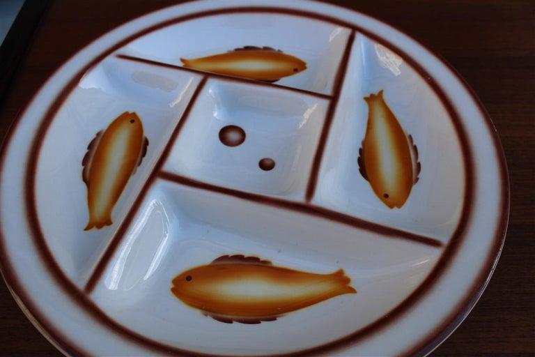 Plate Ceramic Galvani Pordenone Angelo Simonetto Futuristic Design 1930s Fish In Good Condition For Sale In Palermo, Sicily