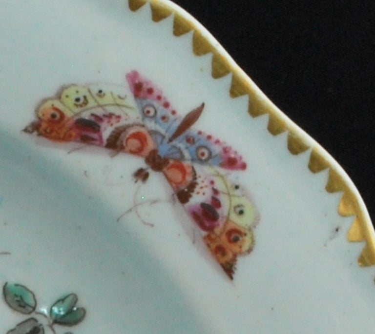 English Plate Disheveled Birds, Bow Porcelain Factory, circa 1767 For Sale