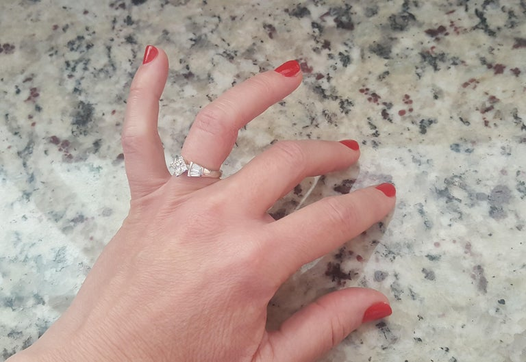 Women's Platinum 1.00 Carat GIA Certified Princess Cut Diamond Ring with Baguette For Sale