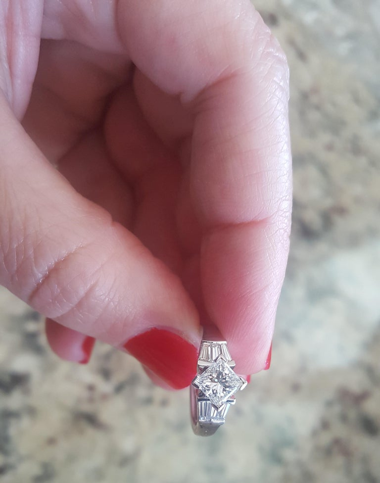 Platinum 1.00 Carat GIA Certified Princess Cut Diamond Ring with Baguette For Sale 2
