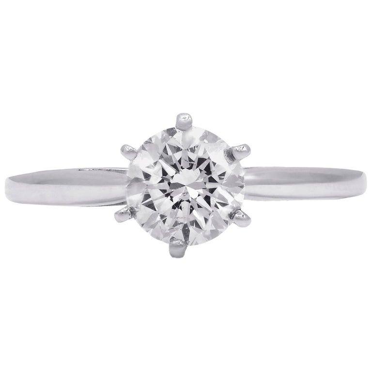 Platinum 1.05 Carat F-VVS2 Engagement Ring For Sale