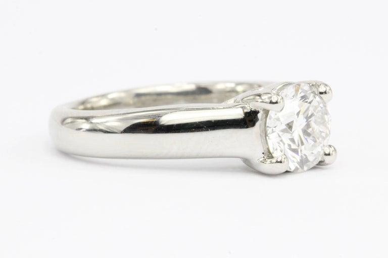 Round Cut Platinum 1.12 Carat D/VS2 Round Brilliant Diamond Solitaire Engagement Ring For Sale