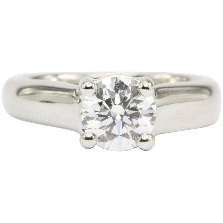 Platinum 1.12 Carat D/VS2 Round Brilliant Diamond Solitaire Engagement Ring For Sale