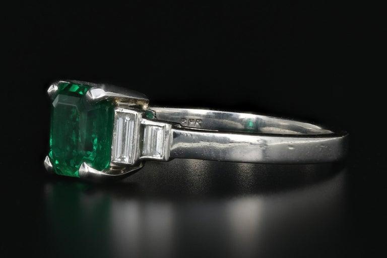 Modern Platinum 1.28 Carat Columbian Emerald GIA Certified For Sale