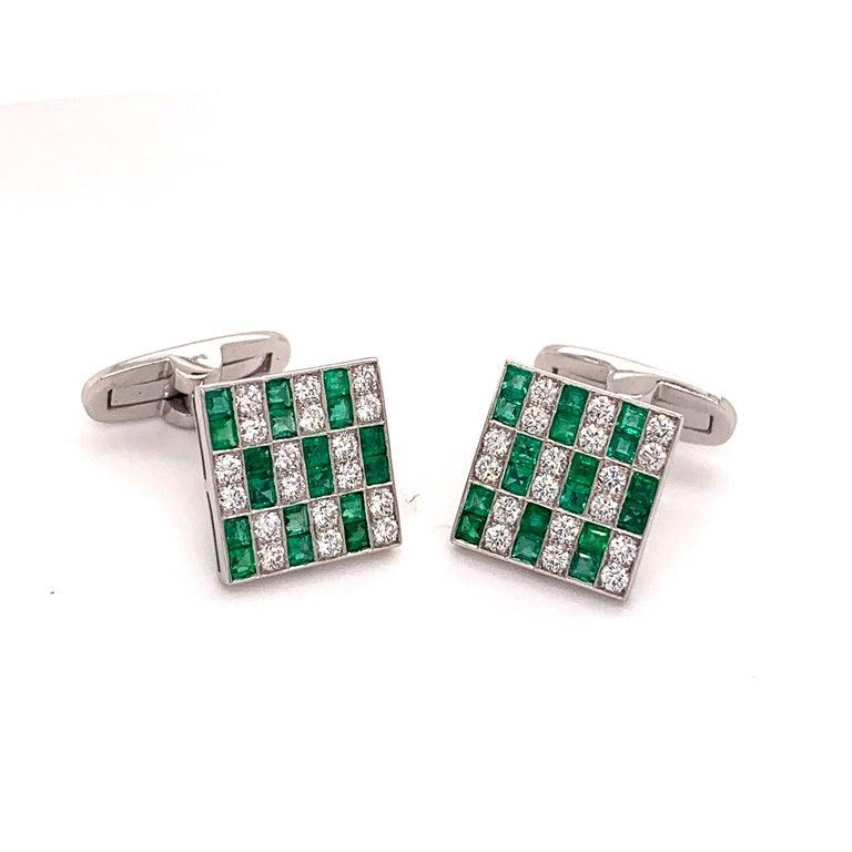 Men's Platinum 1.45 Carat Emerald and Diamonds Cufflinks For Sale