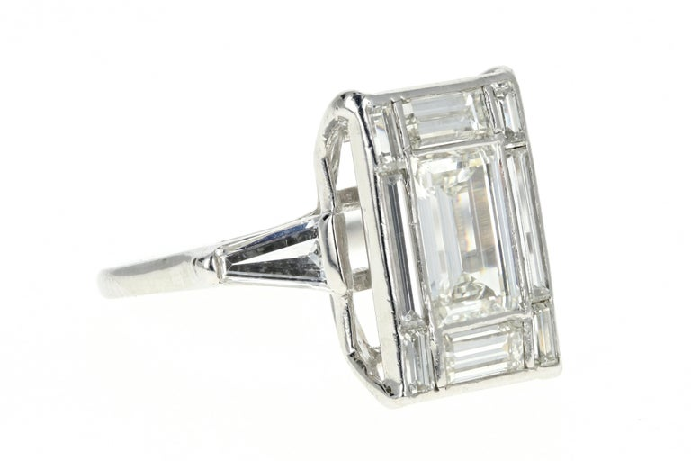 Platinum 1.5 Carat Baguette Diamond 3.25 Carat Engagement Ring In Excellent Condition For Sale In Cape May, NJ