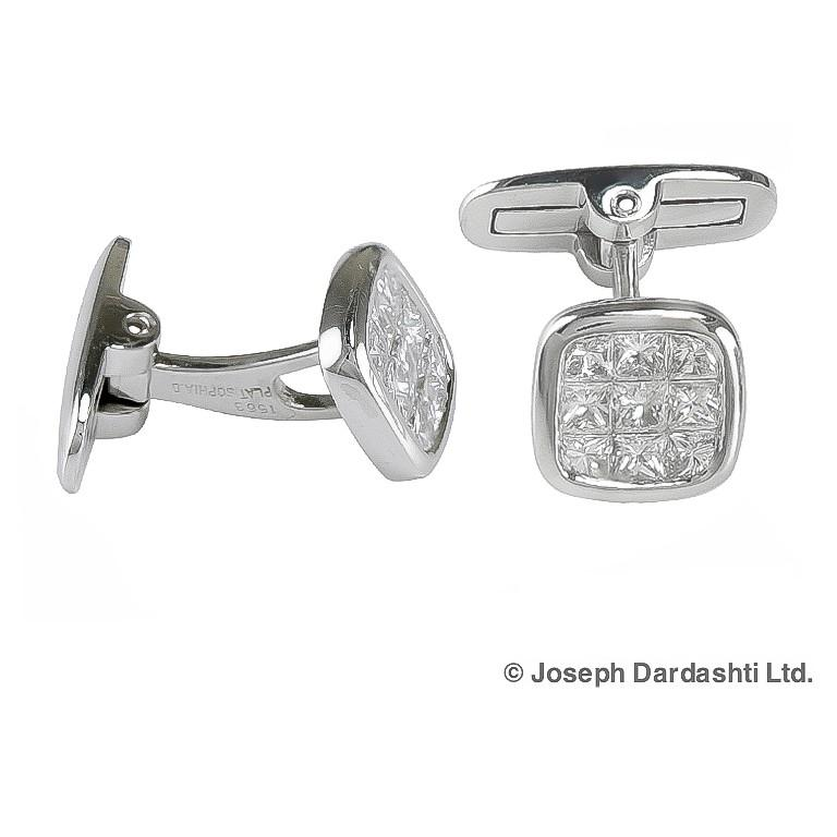 Platinum with all diamonds total weighing of 1.88 carat cufflinks