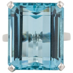 25 Carat Aquamarine Platinum Ring