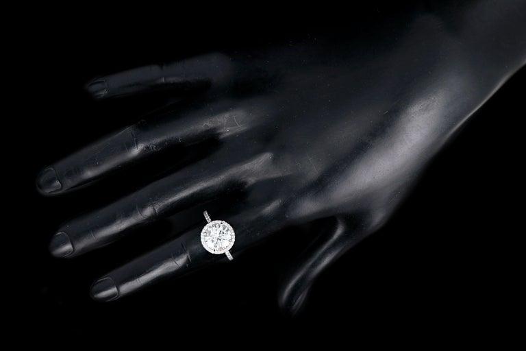 Platinum 3.01 Carat Round Brilliant Cut Diamond Halo Engagement Ring For Sale 3