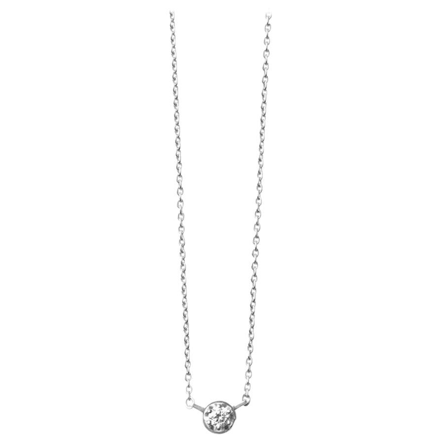 Platinum 900 0.1 Carat Diamond Necklace