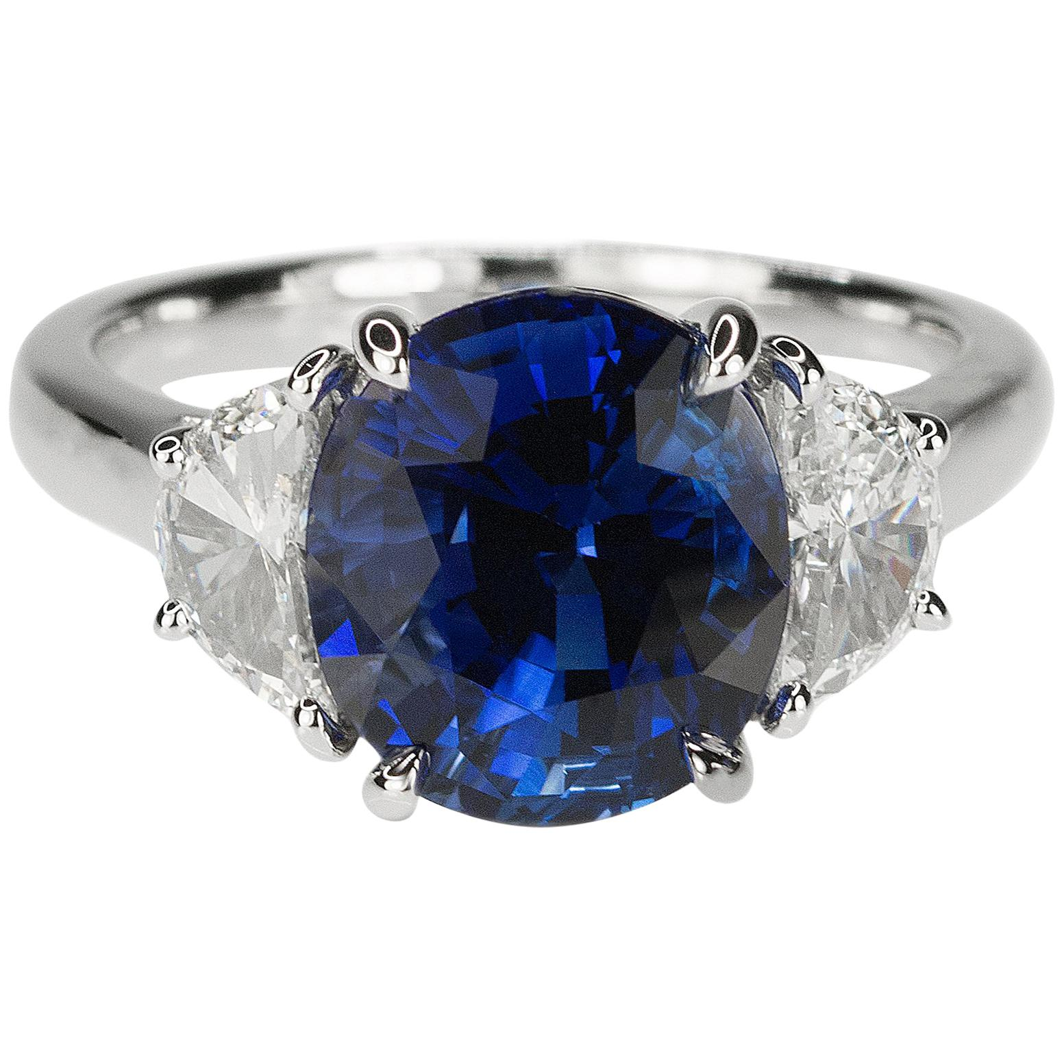 Platinum AGL Certified 5.18 Carat Ceylon Sapphire Ring