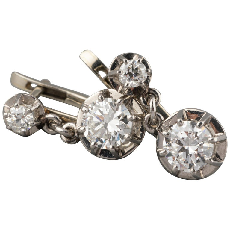 Platinum and 1.60 Carat Diamonds French Art Deco Earrings For Sale