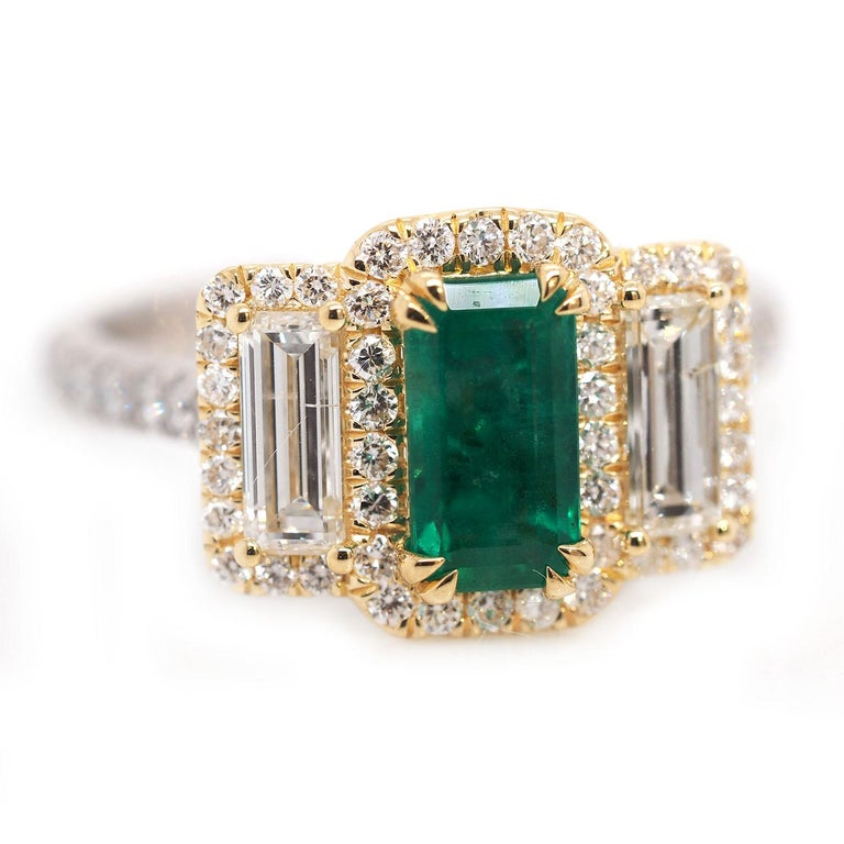 Platinum and 18 Karat Gold 1.06ct Emerald Ring with Baguettes and Round Diamonds In New Condition In Addison, TX