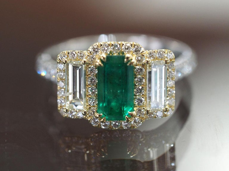 Platinum and 18 Karat Gold 1.06ct Emerald Ring with Baguettes and Round Diamonds 4