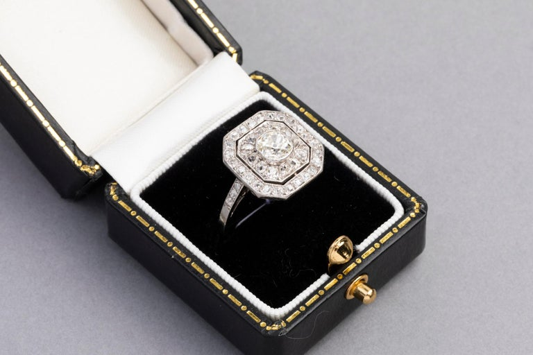 Platinum and Diamonds French Art Deco Ring For Sale 1