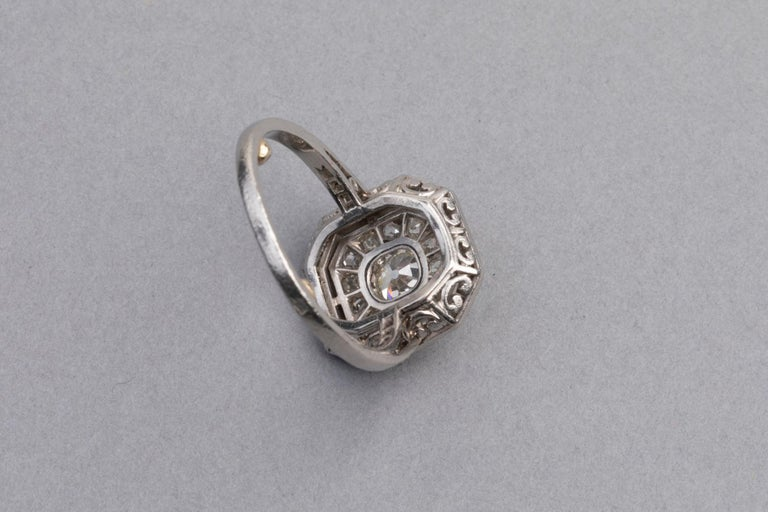 Platinum and Diamonds French Art Deco Ring For Sale 3