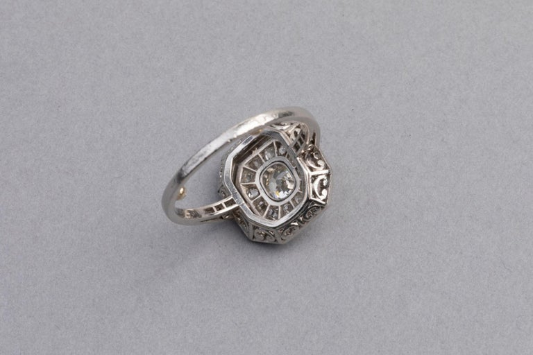 Platinum and Diamonds French Art Deco Ring For Sale 4