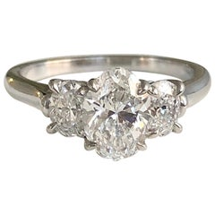Platinum and Oval Diamond 1.20 CT, Engagement Ring GIA Report DVS2