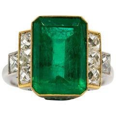 Platinum Art Deco Natural GIA F1 Emerald and French Cut Diamonds Ring