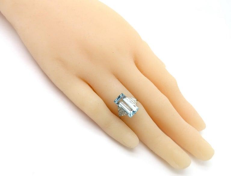 Platinum Art Deco Style 5.00 Carat Aquamarine and Diamond Ring For Sale 1