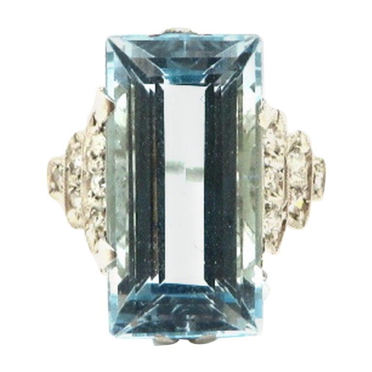 Platinum Art Deco Style 5.00 Carat Aquamarine and Diamond Ring For Sale