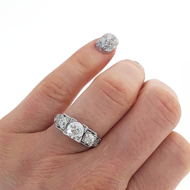 Platinum Art Deco Three-Stone Diamond Ring In Excellent Condition For Sale In Beverly Hills, CA