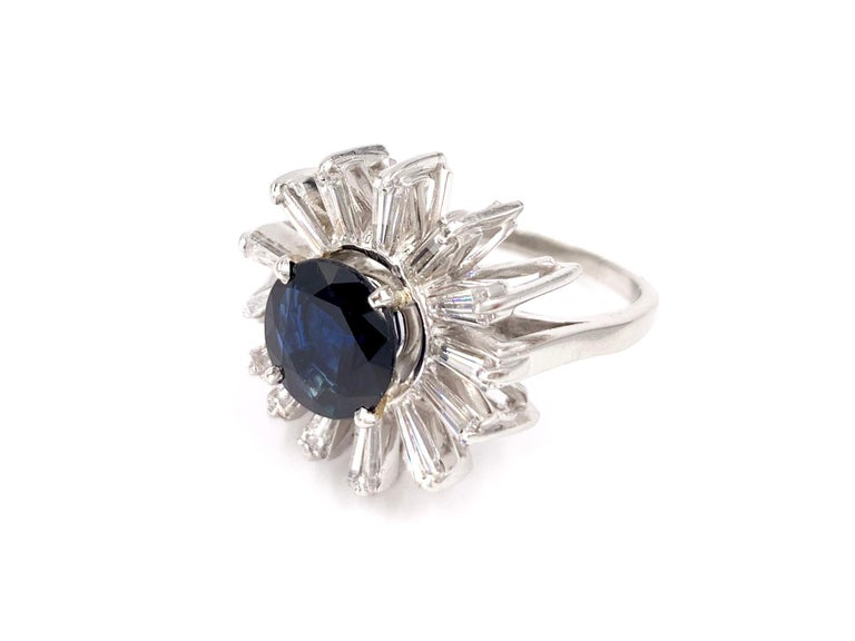 Platinum Blue Sapphire and Diamond Cocktail Ring In Excellent Condition For Sale In Pikesville, MD