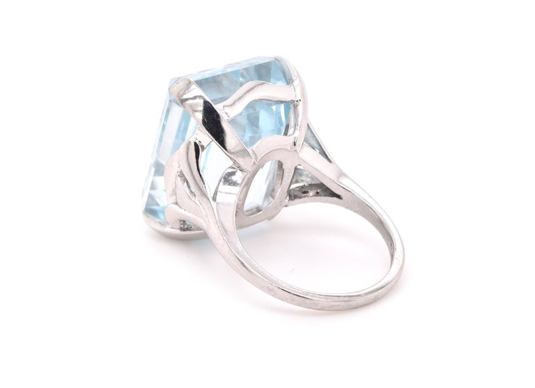 Platinum Blue Topaz Ring In Excellent Condition For Sale In Scottsdale, AZ