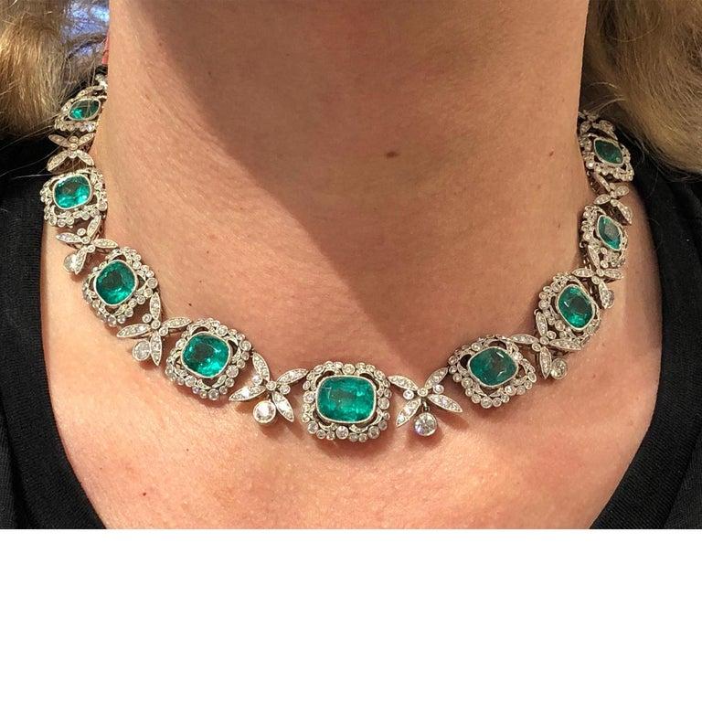 Round Cut Platinum Colombian Emerald, Diamond Necklace For Sale
