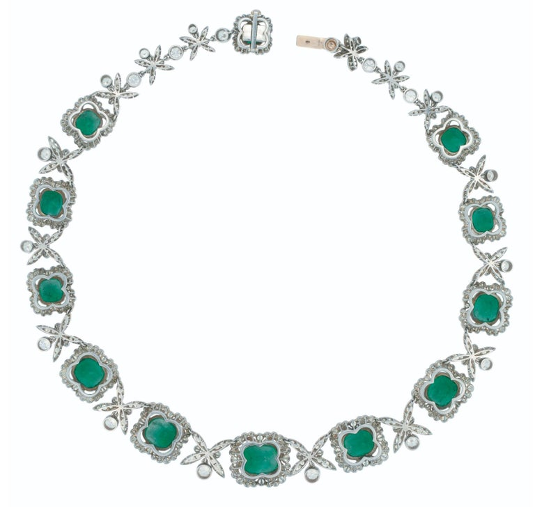 Platinum Colombian Emerald, Diamond Necklace In Good Condition For Sale In New York, NY