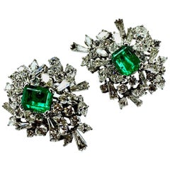 GEMOLITHOS Platinum Colombian Green Emerald and Diamond Clip-on Earrings