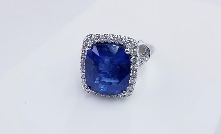 Contemporary Platinum Cushion Cut 11.06 Carat Blue Sapphire and Diamond Ring For Sale