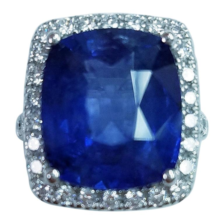 Platinum Cushion Cut 11.06 Carat Blue Sapphire and Diamond Ring For Sale