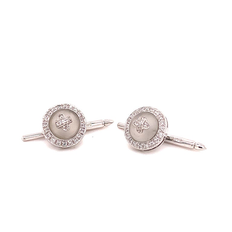 Platinum Diamond 0.63 Carat with Frosted Crystal Cufflinks For Sale 2