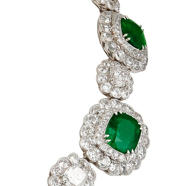 Women's Magnificent Emerald Diamond Cluster Necklace For Sale