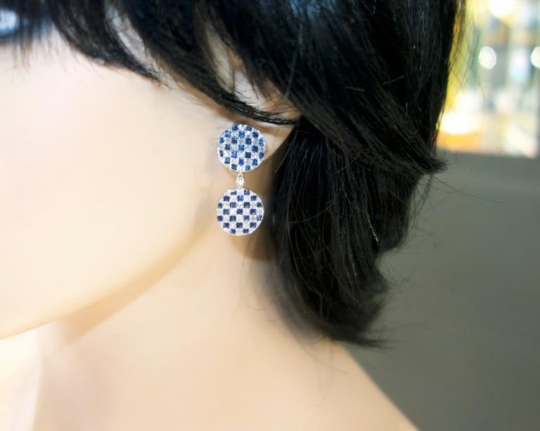 Platinum, Diamond and Sapphire Earrings In Excellent Condition For Sale In Aspen, CO