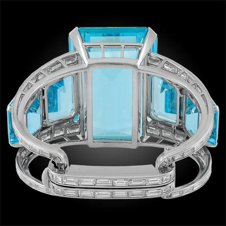 1950s Modernist 182 Carat Aquamarine Baguette Diamond Platinum Bracelet In Good Condition For Sale In New York, NY