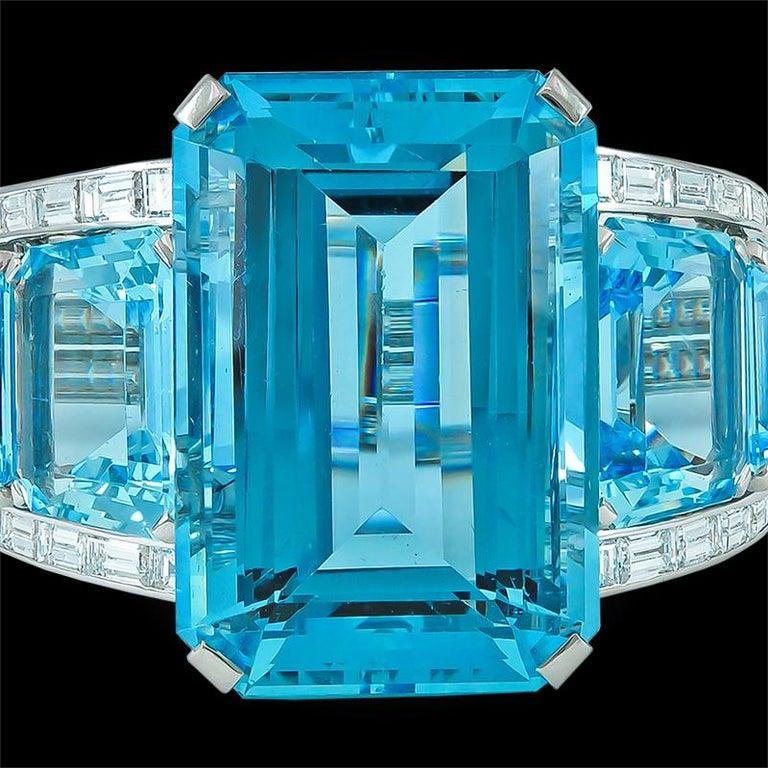 Women's 1950s Modernist 182 Carat Aquamarine Baguette Diamond Platinum Bracelet For Sale