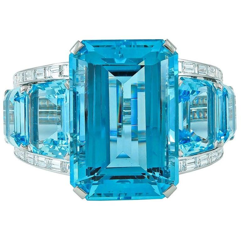 1950s Modernist 182 Carat Aquamarine Baguette Diamond Platinum Bracelet For Sale