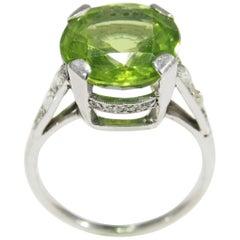 Platinum Diamond Art Deco Style Peridot Ring White