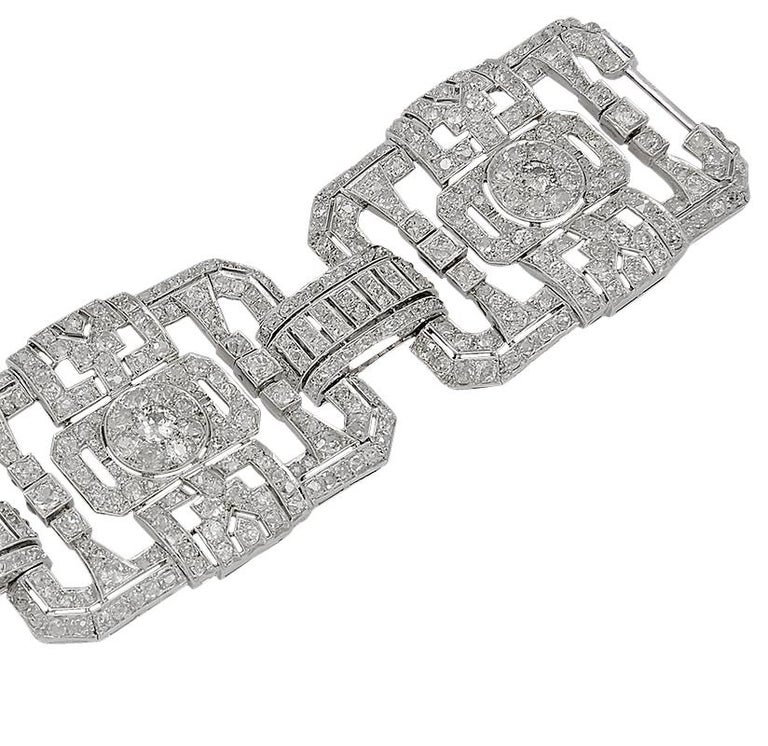 Platinum Diamond Bracelet, circa 1960s In Good Condition For Sale In New York, NY