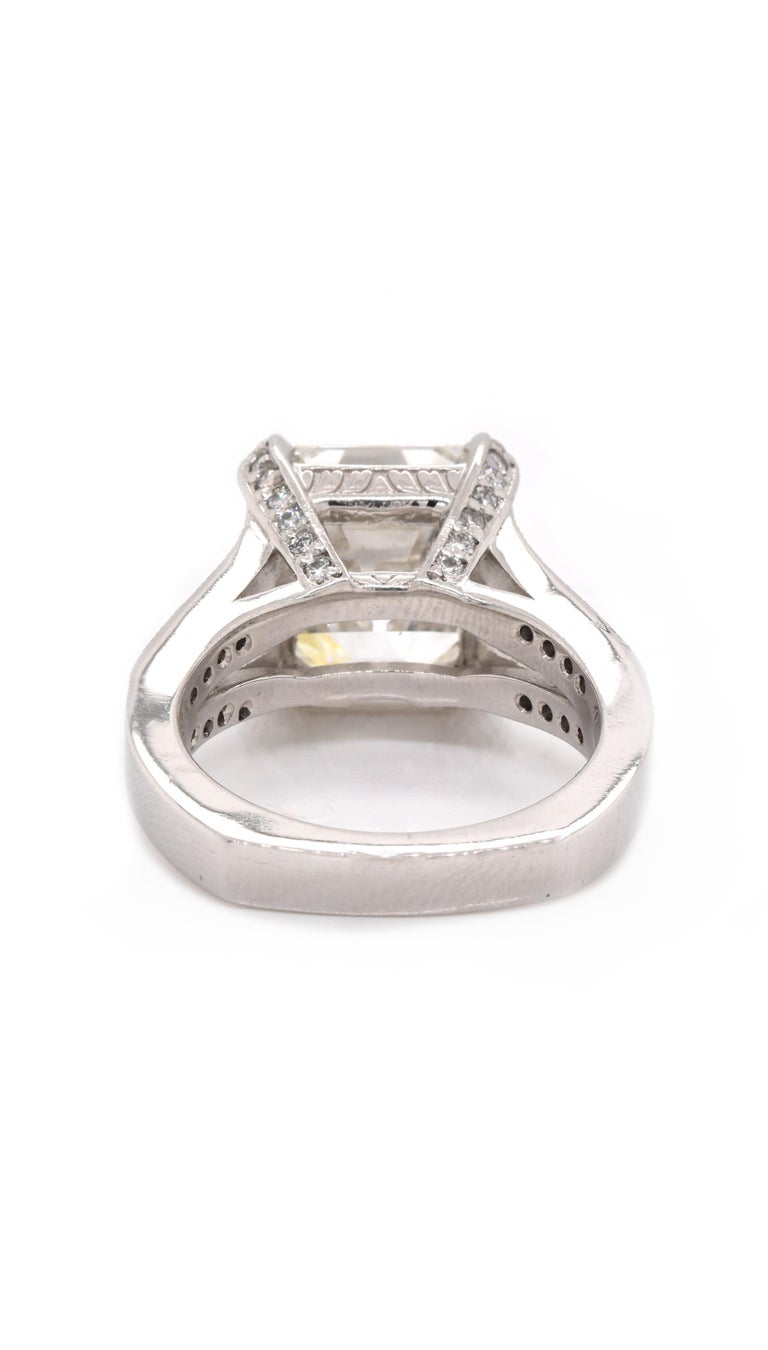 Platinum Diamond Engagement Ring In Excellent Condition For Sale In Scottsdale, AZ