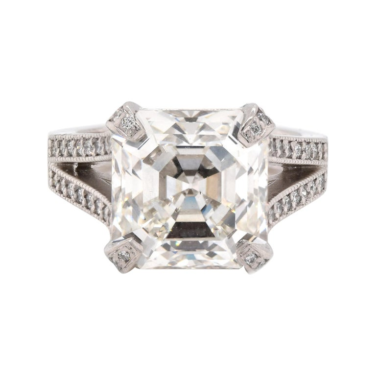 Platinum Diamond Engagement Ring For Sale