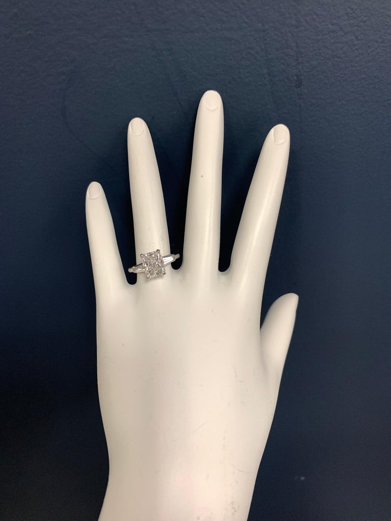 Platinum Diamond Ring 1.80 Carat Natural Rectangular Radiant D Colorless Si2 In Good Condition For Sale In Los Angeles, CA