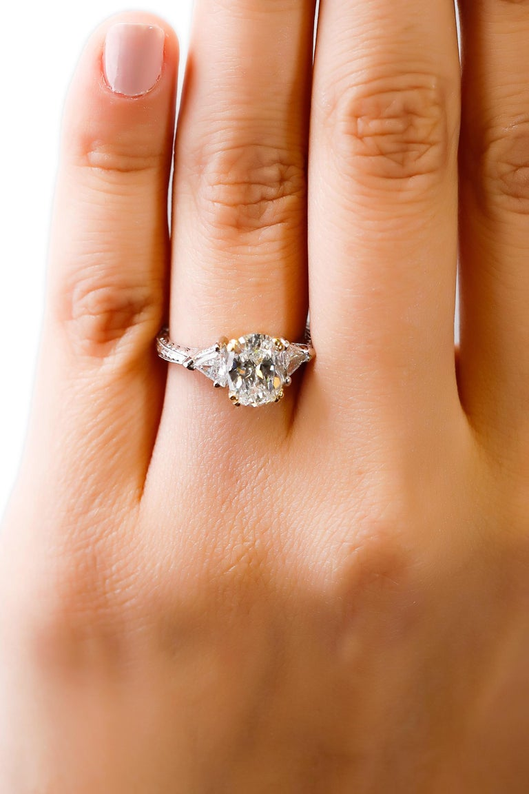 Platinum 2.5 TCW Diamond Solitaire Ring Engagement Ring Designed by Tacori  In New Condition For Sale In New York, NY