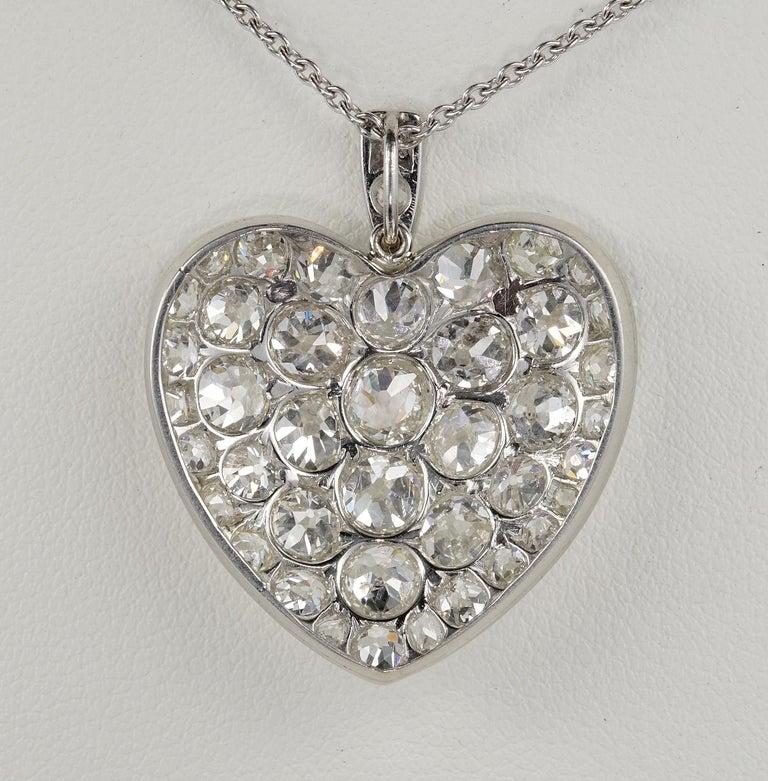 Platinum Edwardian 6.0 Carat Mine Cut Diamond Rare Sentimental Heart Necklace For Sale 2