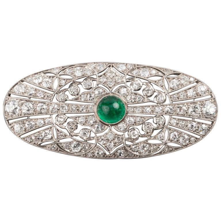 Platinum Emerald and 3.50 Carat Diamonds French Art Deco Brooch For Sale
